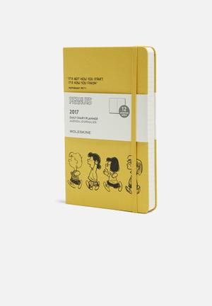 Moleskine 2017 Peanuts A5 Daily Planner Gifting & Stationery Paper & Clothbound