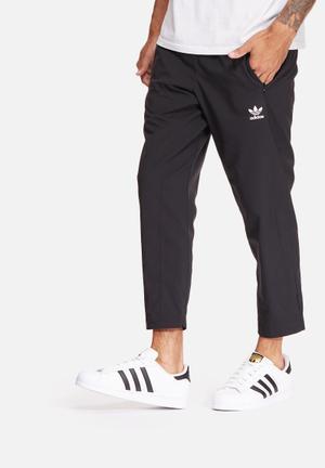 Adidas Originals 7/8 Training Pants Sweatpants & Shorts Black & White