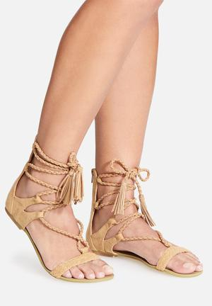 Billini Irina Sandals & Flip Flops Camel