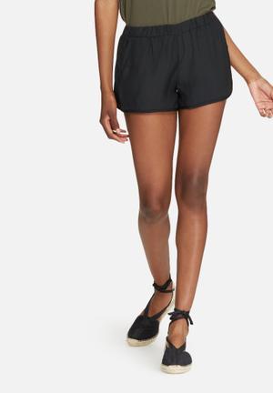 Dailyfriday Hammered Satin Jogger Shorts Black
