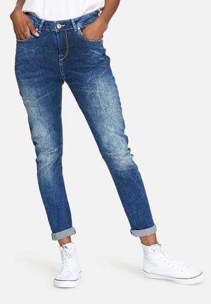 Noisy May Roxy Antifit Dart Jeans Blue