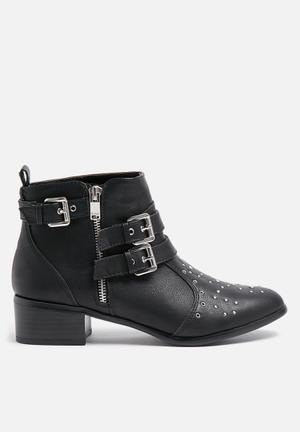 ONLY Becca Bootie Black