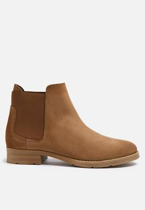 Vero Moda Sofie Suede Boot Cognac
