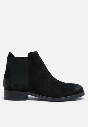 Vero Moda Sofie Suede Boot Black