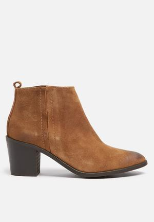 Pieces Sumiko Suede Boot Cognac