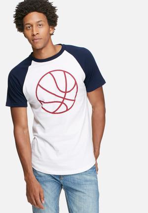 Basicthread Graphic Raglan Tee T-Shirts & Vests White, Navy & Burgundy