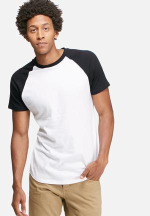 Basicthread Plain Raglan Tee T-Shirts & Vests White & Black