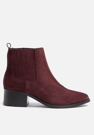Pieces Santina Suede Boot Burgundy
