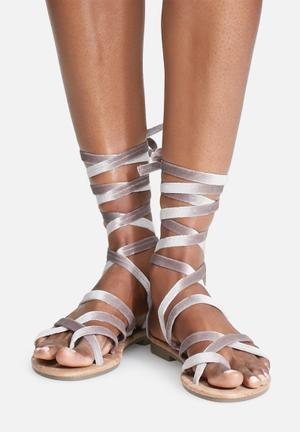 Zoom Lily Sandals & Flip Flops Taupe