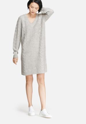 VILA Riva Cable Knit Dress Casual Grey
