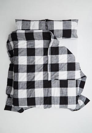 Sixth Floor Gilbert Duvet Set Bedding 100% Cotton Yarn Dye