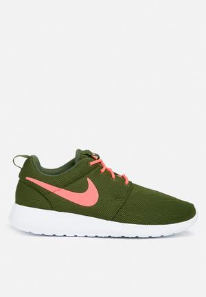 Nike W Roshe One Sneakers Legion Green / Lava Glow