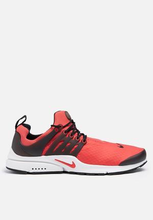 Nike Air Presto ESS Sneakers Track Red / Black