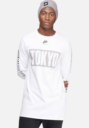 Nike International Top T-Shirts White