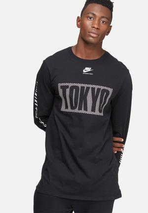 Nike International Top T-Shirts Black