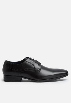 Steve Madden Rivars Leather Derby Formal Shoes Black