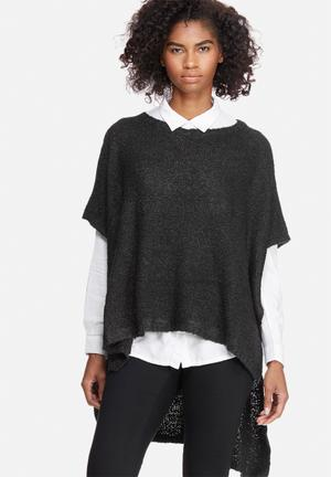 Jacqueline De Yong Atlas High Low Poncho Knitwear Black