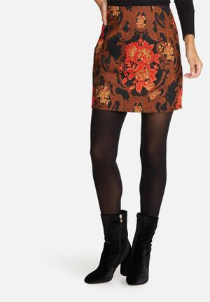 Missguided Jacquard Mini Skirt Red, Black & Brown