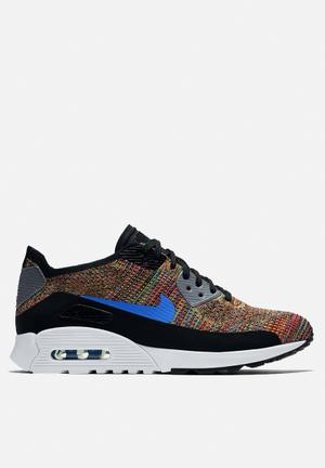 Nike Air Max 90 Ultra 2.0 Flyknit Sneakers Black / Mdm Blue / Cool Grey