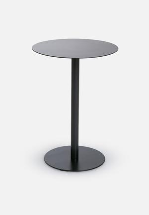 Eleven Past T Side Table Metal