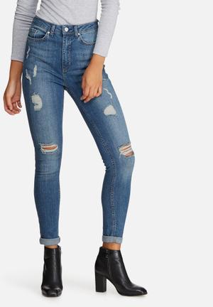 sinner highwaisted ripped skinny jeans