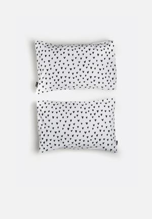 Hello Dolly Hearts Pattern Pillowcase Set Of 2 Bedding 100% Cotton