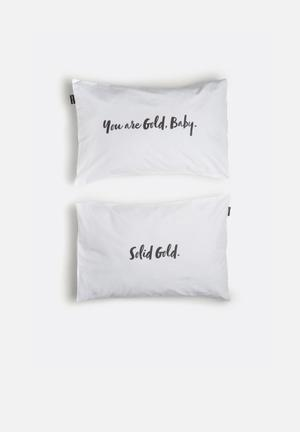 Hello Dolly You Are Gold Baby Pillowcase Set Of 2 Bedding 100% Cotton