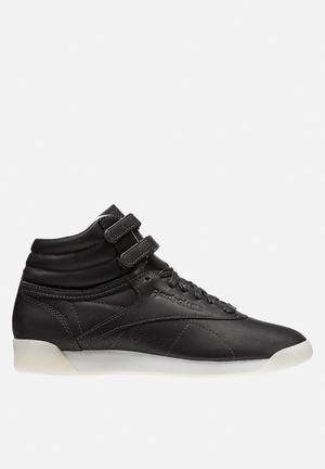 Reebok Freestyle X Face 35 Sneakers Tough/Wisdom/Milky White