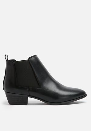 Dailyfriday Flat Chelsea Boots Black