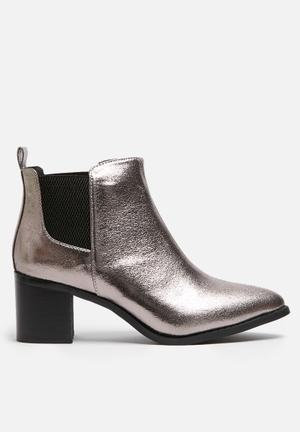 Dailyfriday Patent Boot Pewter