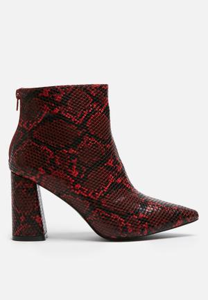 Dailyfriday Snake Boot Red & Black