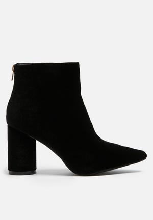 Dailyfriday Velvet Boot Black