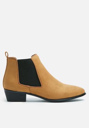Dailyfriday Flat Chelsea Boots Tan