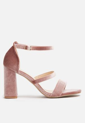 Dailyfriday Velvet Block Heel Blush