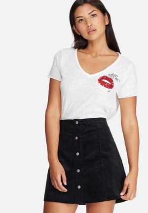 ONLY Augusta Lips Tee T-Shirts, Vests & Camis White, Red & Black