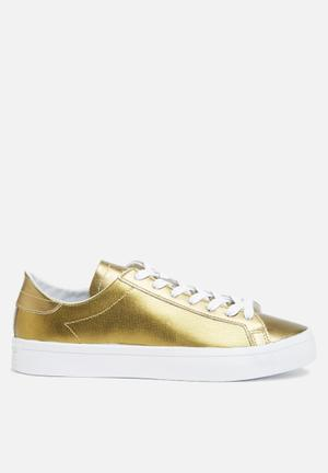 Adidas Originals Court Vantage Sneakers Copper Mtllc / Ftwr White