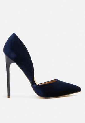 Madison® Leah Heels Navy