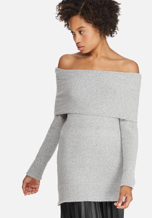 Off shoulder tunic