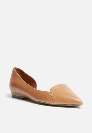ALDO Adrianne Pumps & Flats Tan