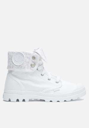 Palladium Baggy Boots White