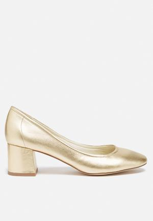 Steve Madden Tomorrow Heels Gold