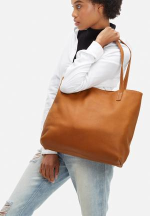 FSP Collection Liv Slouchy Leather Tote Bags & Purses Tan