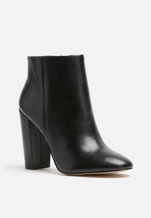 ALDO Aravia Boots Black