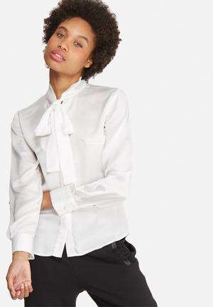 Dailyfriday Satin Kitty Bow Blouse White