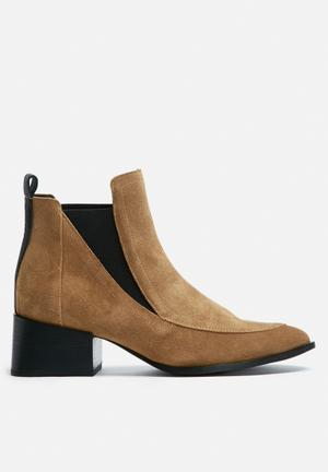 Sol Sana Rico Boot Cognac