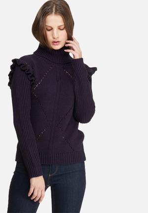 Frill sleeve knit