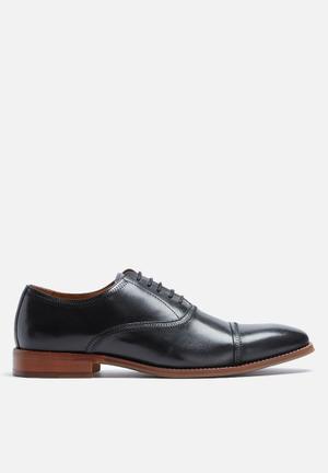 Steve Madden Vesey Formal Shoes Black