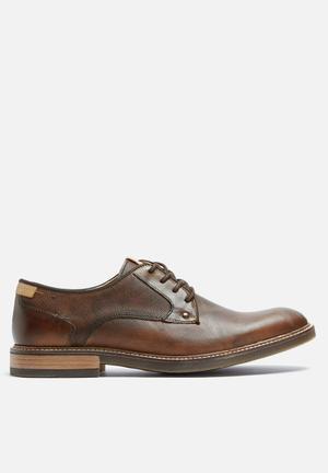 Steve Madden Bentley Formal Shoes Brown