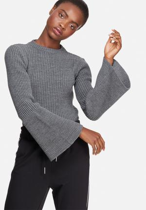 Dailyfriday Fluted Sleeve Knit Knitwear Grey