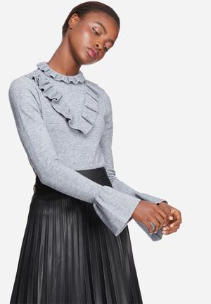 Vero Moda Vicky Ruffle Bell Sleeve Knit Knitwear Grey